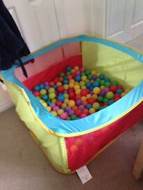 Large Ballpit and Balls