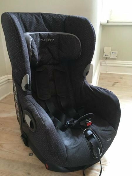 Maxi Cosi Swivel Car Seat