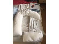 Dream Genii pregnancy pillow