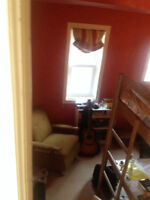 Furnished room 5 mins from Mac, all inclusive