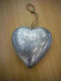 New Solid Metal Silver Decorative Hanging Valentines Day Heart