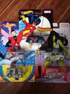 "Hot wheels ""woman of marvel"""