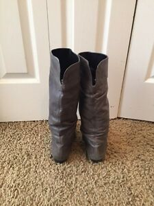 Aldo leather grey boots size 8 Cambridge Kitchener Area image 2