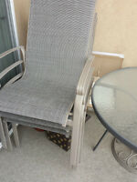 OUTDOOR METAL & GLASS PATIO SET IN GREAT CONDITION!!