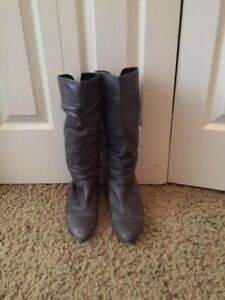 Aldo leather grey boots size 8 Cambridge Kitchener Area image 3