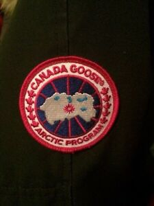 authentic Canada Goose' jacket for sale