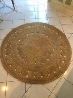 Armadillo&co Dandelion Floor Rug