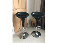 Bar stools - breakfast bar stools x2. Gas lift.