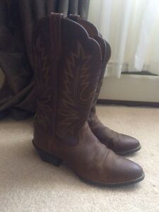 Ariat Classic R-toe womens western / cowboy boots