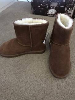 Millers UGG Boots - Size 7