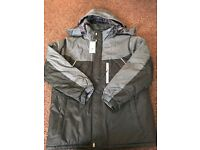 Brand new mans coat in grey and black with hood in size 5xl