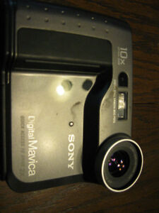 Classic Sony Digital Mavica Camera Windsor Region Ontario image 6