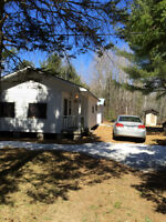 Rustic Cottage for Sale East Aldfield, QC Area