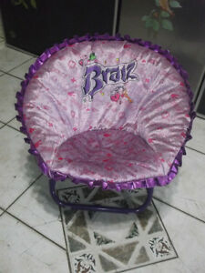 BRATZ CHAIR AND PILLOW FOR SALE