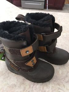 Boots size 8 for baby Boys West Island Greater Montréal image 1