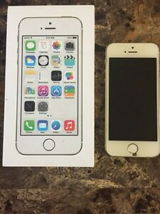 Selling iphone 5s 32gb Rogers/Fido/Chatr need gone asap.