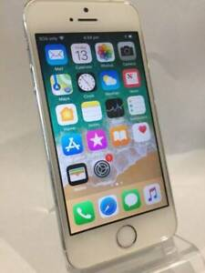 IPHONE 5S 16GB SILVER IN GREAT CONDITION WITH WARRANTY