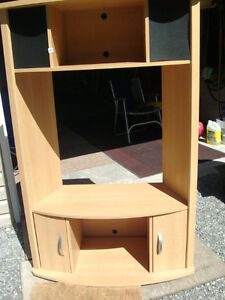 TV Corner Unit Kawartha Lakes Peterborough Area image 1