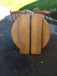Solid Wood table with leaflets  Kitchener / Waterloo Kitchener Area image 1