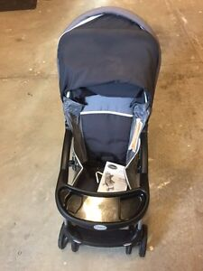 costco stroller stroller carrier carseat deals locally in ontario kijiji classifieds. Black Bedroom Furniture Sets. Home Design Ideas