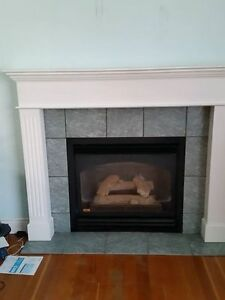 gas fireplacewith mantal