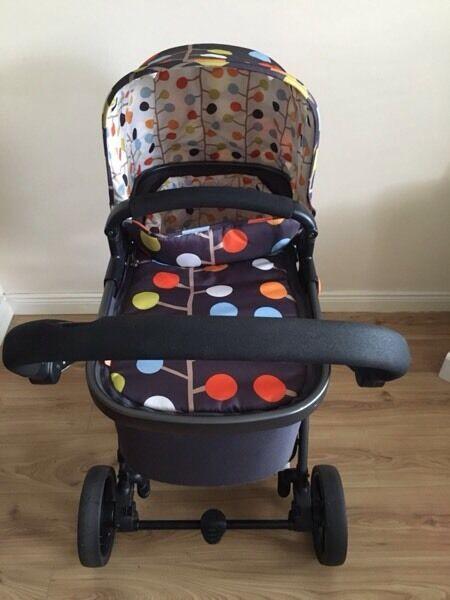Cosatto Giggle Pram Bundle - Can Deliver