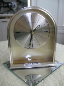 CLASSY VINTAGE BATTERY-OPERATED ALARM CLOCK with STYLE to BURN