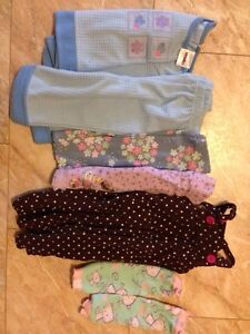 Box of baby girl size 3 months to 12 months clothes. Kitchener / Waterloo Kitchener Area image 4