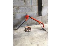 Flymo Sabre cordless telescopic hedge trimmer