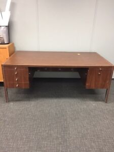 Office desk with right price