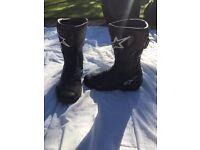 Alpinestars motorbike boots