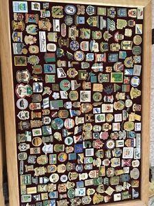 Collection d'épinglettes à vendre Saint-Hyacinthe Québec image 10