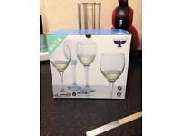 Wine glasses x6