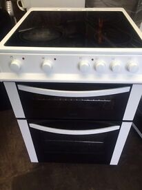 White bush 60cm ceramic hub electric cooker grill & fan oven good condition with guarantee