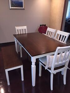Very solid dining set for 6 West Island Greater Montréal image 1