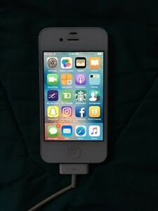 iPhone 4 / BELL Network / Mint Condition / $120
