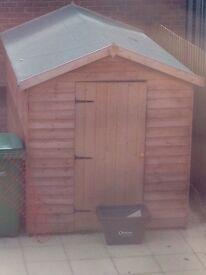6'x8' garden shed no windows