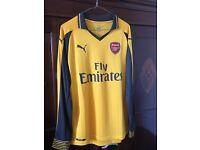 Arsenal away shirt long sleeved medium 2016/17 season