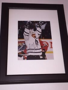 Wendel Clark Autographed Maple Leafs 8x10 Framed