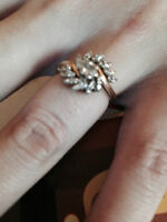 14 kt yellow gold 25 diamond cluster ring