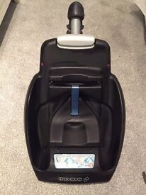 Maxi cosi car seat belted Easybase