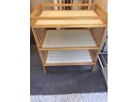 CHANGING BABY UNIT. WOOD . VERY GOOD CONDITION ONLY USED A FEW TIMES £20