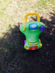 Playskool Step Start Walk 'n Ride Walker & Ride-On Toy Peterborough Peterborough Area image 2