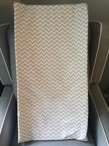 Chevron Changing Pad - Grey with 2 Covers