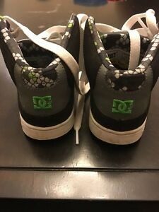 Boys DC high tops size 13 Kitchener / Waterloo Kitchener Area image 4