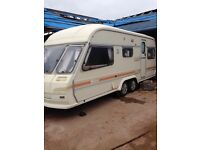 Avondale twin axle caravan 4/5 berth