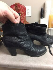 4 pairs of various boots  Strathcona County Edmonton Area image 9