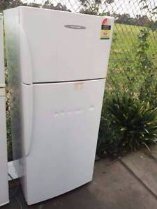 3.5 star active smart 411 liter fisher &paykel fridge , can deliv Box Hill North Whitehorse Area Preview