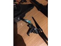 AR parrot drone, 3 BATTERIES, snapped ONO