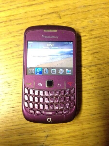 Cheap Unlocked Blackberry 8520 Smartphone Fully Working Can Deliverin Sandwell, West MidlandsGumtree - Cheap Unlocked Blackberry 8520 Smartphone Fully Working Can Deliver BB Comes with Leather Case and Charger£2507961917242Can deliver locally for £5Swap for iPhone, iPad, iPod, Samsung galaxy, Note, Tablet, Nokia, Amazon Kindle, HTC, Android, Sony...